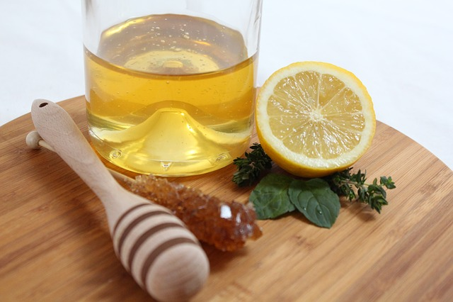 5 Benefits Of Drinking Warm Water With Honey